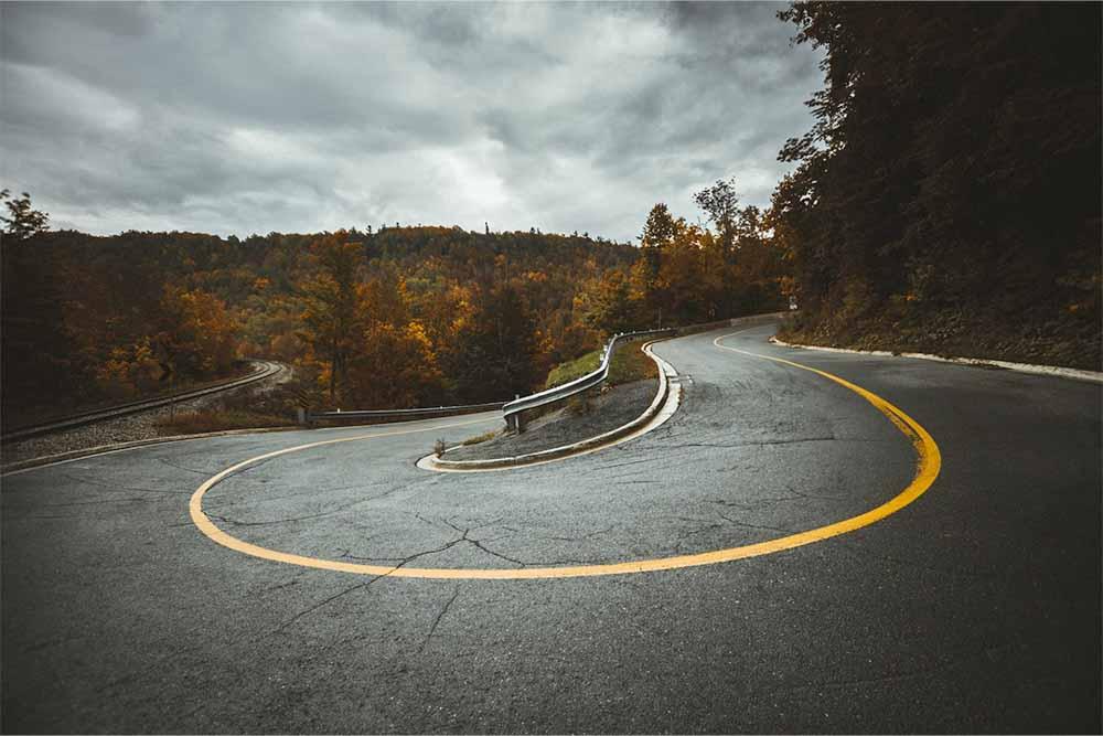 Road with U-turn